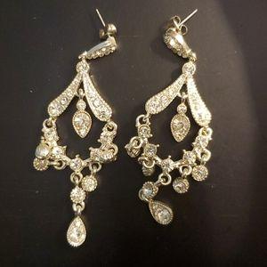 🌠3/$12 or FREE🌠 Crystal chandelier earrings